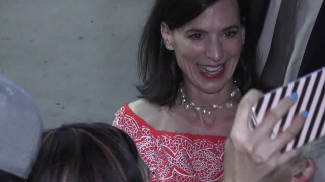 perrey reeves greets fans outside the life itself premiere at arclight cinerama dome in hollywood in celebrity sightings in los angeles - cinerama dome hollywood stock videos & royalty-free footage