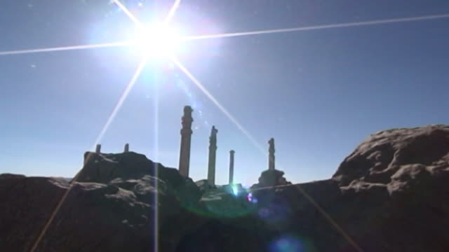 persepolis lowangle view of ancient columns in the ruins of persepolis the city dates to 515 bce and is a unesco site - persepoli video stock e b–roll