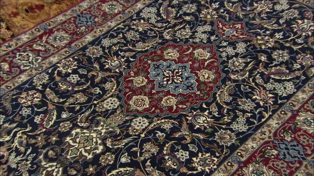 cu zi zo persian carpet, iran - carpet stock videos & royalty-free footage