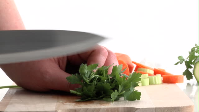 zi, ecu, person cutting parsley, close-up of hands - parsley stock videos and b-roll footage