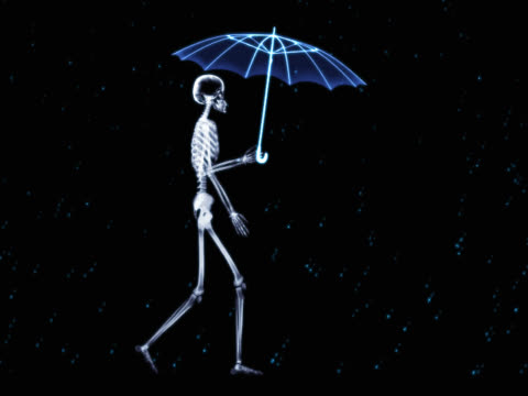 person walking, holding umbrella - whatif点の映像素材/bロール