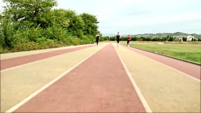 Persönlicher trainer Ausbildung zwei athlet Mädchen