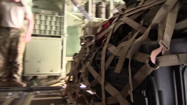 personnel from the 75th expeditionary airlift squadron conduct c-130j super hercules cargo operations in east africa, dec. 2, 2017. the 75th eas... - horn of africa stock videos & royalty-free footage