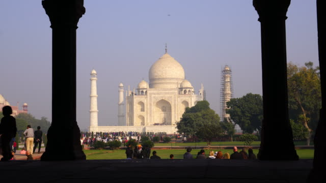 インドのタージ・マハルの展望 - 名所旧跡点の映像素材/bロール