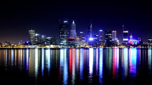 perth, wa, australien - bankenviertel stock-videos und b-roll-filmmaterial