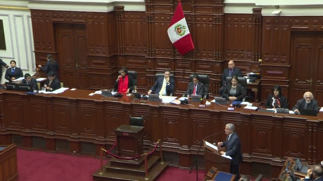 vídeos de stock, filmes e b-roll de peru's congress debates a vote of confidence presented by the prime minister cesar villanueva which if denied could enable president martin vizcarra... - dissolve video transition