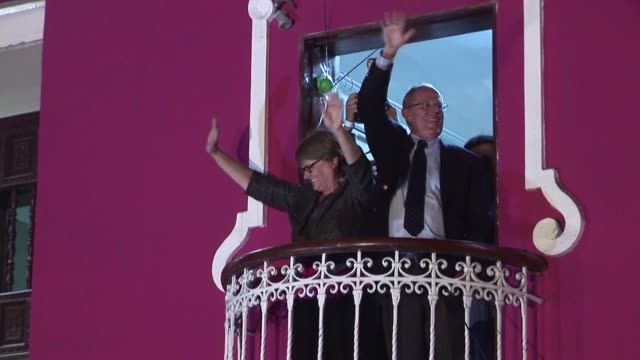stockvideo's en b-roll-footage met peruvians for change candidate pedro pablo kuczynski celebrates after general elections with partial results showing he has made it through to the... - peruaanse etniciteit