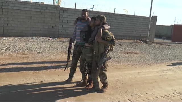 peshmerga forces launch an operation near jalawla town of diyala governorate to take the town's control from the islamic state of iraq and the levant... - isil konflikt stock-videos und b-roll-filmmaterial