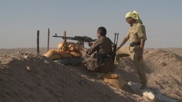 peshmerga soldiers man outpost near jalawla during isil conflict in 2014 - isil conflict stock videos & royalty-free footage