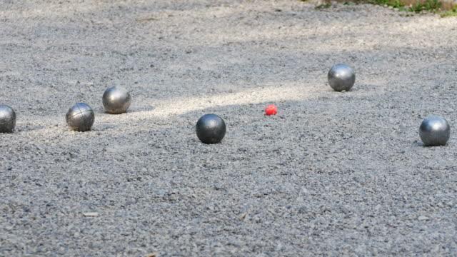 ペタンク ボール遊び場 - 砂利点の映像素材/bロール