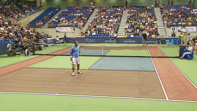 pete sampras and andy roddick at the advanta presents wtt smash hits celebrity tennis tournament at bren center university of irvine in irvine... - andy roddick stock-videos und b-roll-filmmaterial
