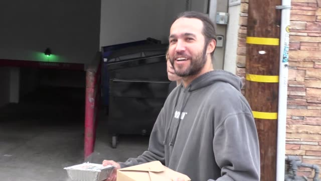 pete wentz talks about upcoming surprises in green day & fall out boy tour while shopping at farmer's market in studio city in celebrity sightings in... - arts culture and entertainment stock videos & royalty-free footage