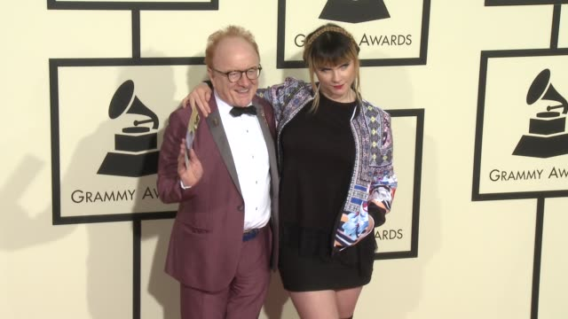 stockvideo's en b-roll-footage met peter asher at the 58th annual grammy awards® arrivals at staples center on february 15 2016 in los angeles california - 58e grammy awards