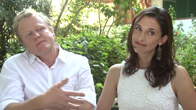 peter brosens jessica woodworth on their next project at le cinquieme saison interview 69th venice films festival on september 06 2012 in venice italy - saison stock videos & royalty-free footage