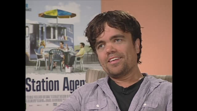 peter dinklage on how children react to his size - scriptwriter stock videos & royalty-free footage