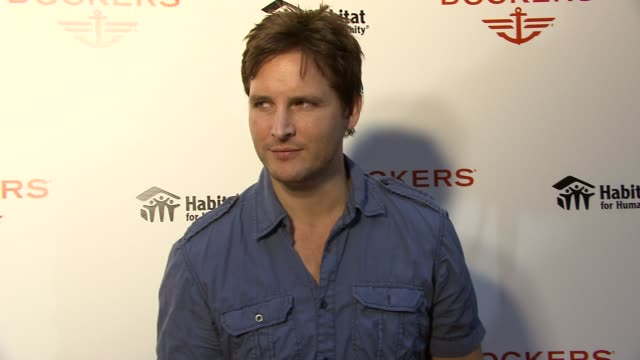peter facinelli and joel madden attend the dockers 'khakis make the man' event, new york, ny, united states, - peter facinelli video stock e b–roll