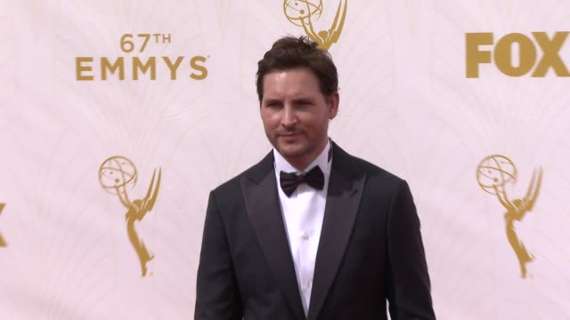 peter facinelli at 67th annual primetime emmy awards in los angeles, ca 9/20/15 - peter facinelli video stock e b–roll