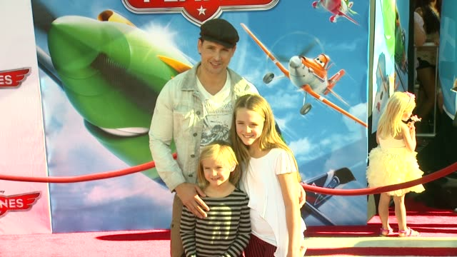 peter facinelli at planes los angeles premiere on 8/5/13 in los angeles, ca . - peter facinelli video stock e b–roll