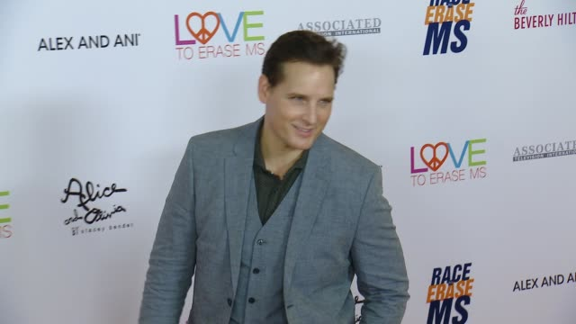 peter facinelli at the 26th annual race to erase at the beverly hilton hotel on may 10, 2019 in beverly hills, california. - peter facinelli video stock e b–roll