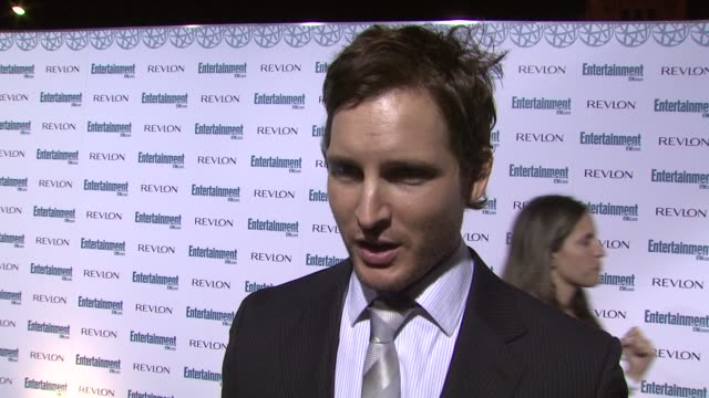 peter facinelli at the entertainment weekly 6th annual pre-emmy party at los angeles ca. - エミー賞前夜祭パーティー点の映像素材/bロール