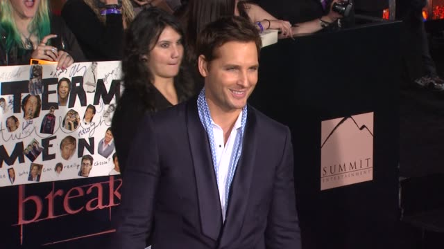peter facinelli at the the los angeles premiere of 'the twilight saga: breaking dawn - part 1' at los angeles ca. - peter facinelli video stock e b–roll