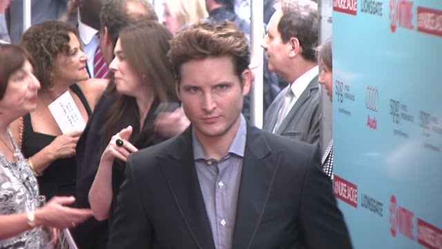 peter facinelli at the world premiere of showtime's 'nurse jackie' at new york ny - nurse jackie video stock e b–roll