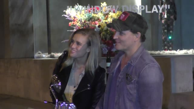 peter facinelli & lily anne harrison hop aboard a motorcycle after dinner at craig's in west hollywood in celebrity sightings in los angeles, - peter facinelli video stock e b–roll