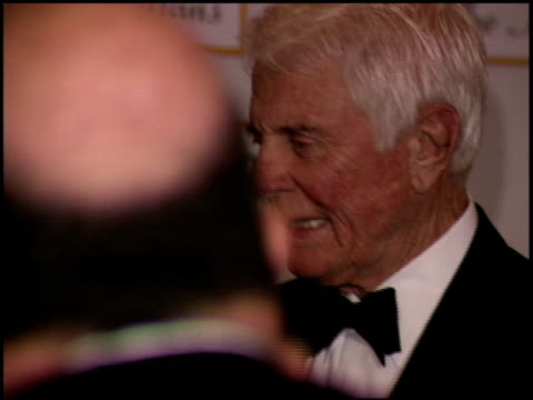 stockvideo's en b-roll-footage met peter graves at the thalians ball 50th anniversary at the century plaza hotel in century city, california on october 8, 2005. - century plaza