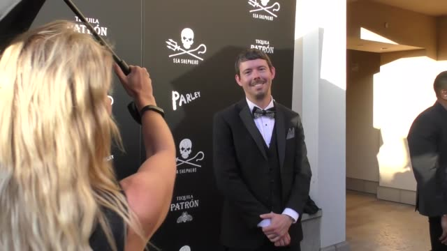 peter hammarstedt at the sea shepherd conservation society's 40th anniversary gala for the oceans at montage beverly hills on june 10, 2017 in... - モンタージュ・ビバリーヒルズ点の映像素材/bロール