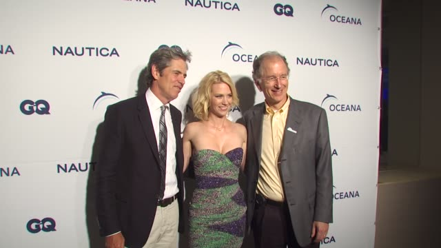 peter hunsinger, january jones, andy sharpless at the nautica celebrates world oceans day at west hollywood ca. - ジャニュアリー・ジョーンズ点の映像素材/bロール