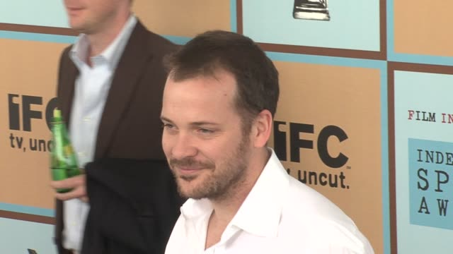 peter sarsgaard at the the 21st annual ifp independent spirit awards in santa monica california on march 4 2006 - ifp independent spirit awards stock videos and b-roll footage