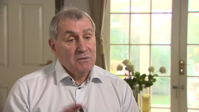 Peter Shilton saying Gordon Banks was the first goalkeeper to do extra training 'and that paid off for him'