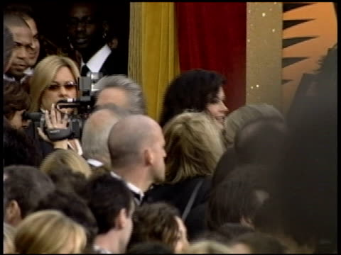 peter weir at the 2004 academy awards arrivals at the kodak theatre in hollywood california on february 29 2004 - 76th annual academy awards stock videos & royalty-free footage