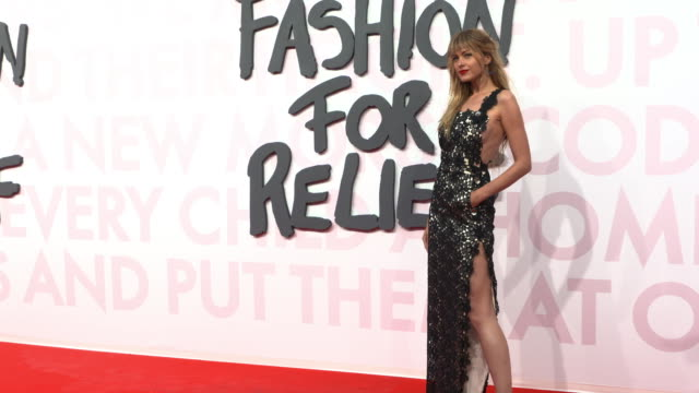 petra nemcova at fashion for relief fashion catwalk - the 71st cannes fillm festival at aeroport cannes mandelieu on may 13, 2018 in cannes, france. - カンヌ・マンデリュー空港点の映像素材/bロール