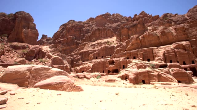 petra - street of façades, jordan - 4th century bc stock videos and b-roll footage