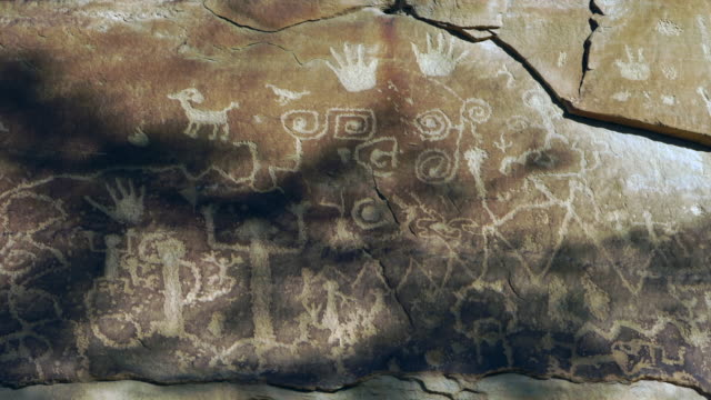 petroglyph, mesa verde national park, unesco world heritage, colorado, usa, north america, america - mesa verde nationalpark stock-videos und b-roll-filmmaterial