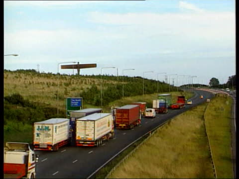 protest planned lib newcastleupontyne vehicles along motorway in protest convoy over fuel tax vox pops fuel protesters views protest convoy along... - angel of the north stock videos and b-roll footage