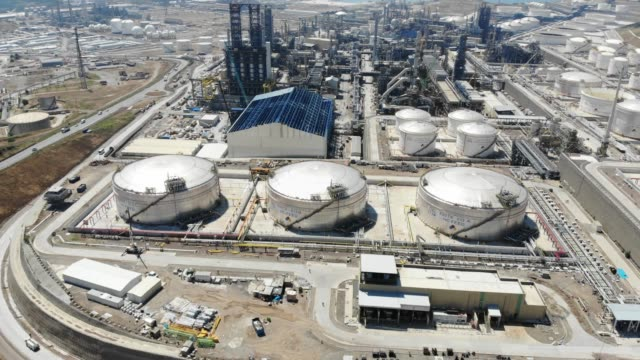 petrol refinery from above - industria petrolifera video stock e b–roll