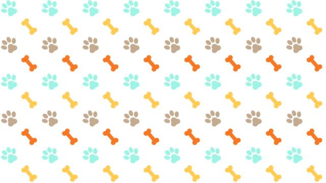 vídeos y material grabado en eventos de stock de patrón de mascotas fondo desplazable con color de patas y huesos - garra