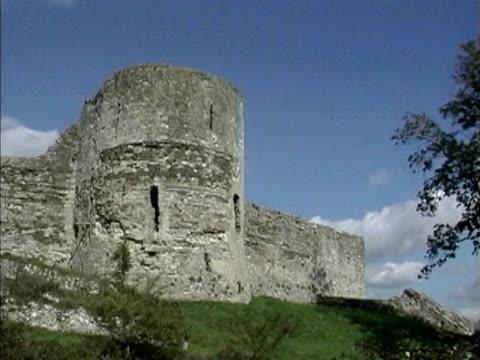 pevensey castle - stone object video stock e b–roll