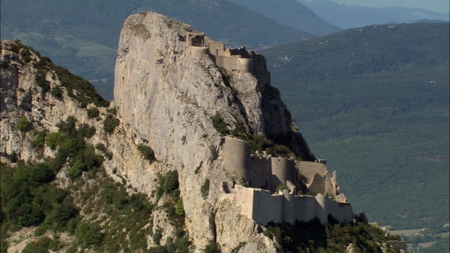 peyrepertuse castle - aude stock videos & royalty-free footage