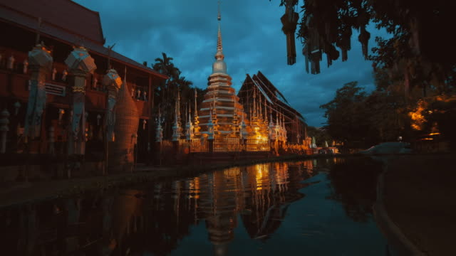 slo mo phan tao temple - temple and culture of chiang mai - buddhism stock videos & royalty-free footage