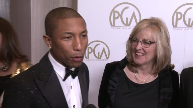 """vidéos et rushes de pharell, janet healy, christopher meledandri on """"despicable me 2"""" at 25th annual producers guild awards at the beverly hilton hotel on in beverly... - producer's guild of america awards"""