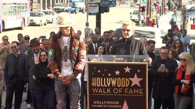 chyron pharrell williams honored with a star on the hollywood walk of fame at hollywood walk of fame on december 04 2014 in hollywood california - bearbeitetes segment stock-videos und b-roll-filmmaterial