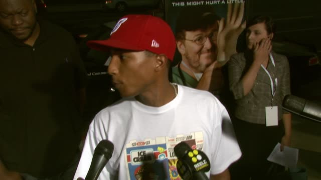 Pharrell Williams on having an April birthday like Michael Moore and on coming out to support the filmmaker at the 'SiCKO' Special Screening at...