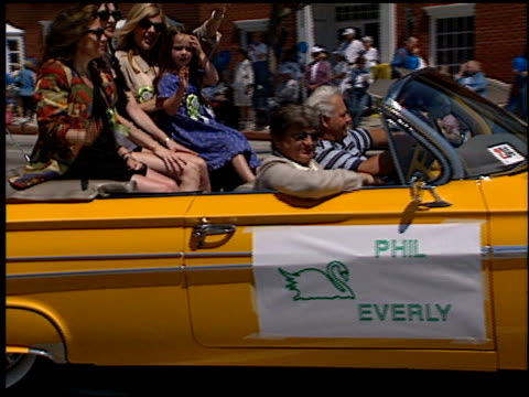 Phil Everly at the Toluca Lake Parade with Bob Hope on May 20 1998