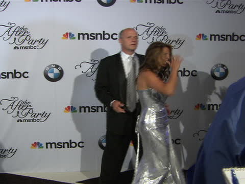 phil griffin and his wife posing on the red carpet at the white house correspondent's dinner. - msnbc stock videos & royalty-free footage