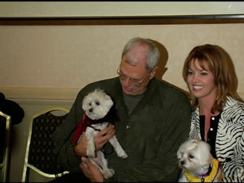 phil jackson at the gw little pet fashion show at the century plaza hotel in century city, california on november 10, 2004. - phil jackson stock videos & royalty-free footage