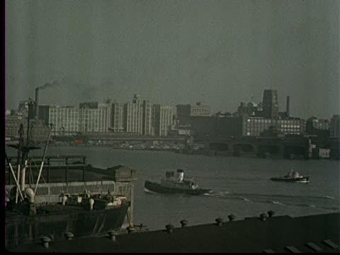 1953 - philadelphia as seen across delaware river - デラウェア川点の映像素材/bロール