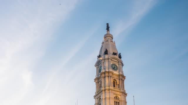 フィラデルフィアシティーホールの夕暮れ - 東点の映像素材/bロール